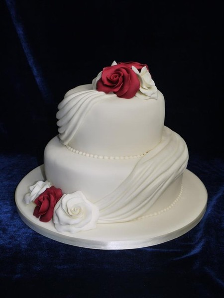 two tier wedding cake shelly s cake creations 8142