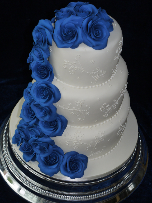 wedding cake servings uk shelly s cake creations 24315
